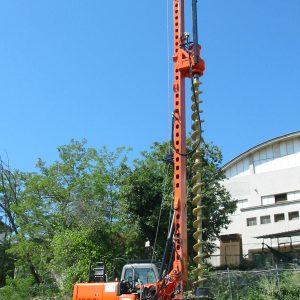 L'immagine mostra le eliche continue in cfa prodotte da Tescm Osimo Italy