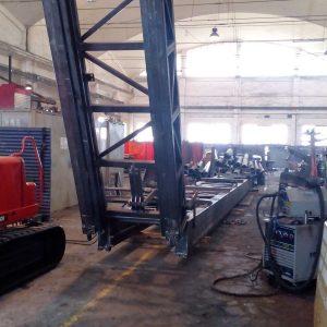 L'immagine mostra i telai in acciaio prodotti da Tescm Osimo Italy